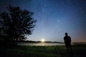 Lumière sur les étoiles (Guillaume Poulin)