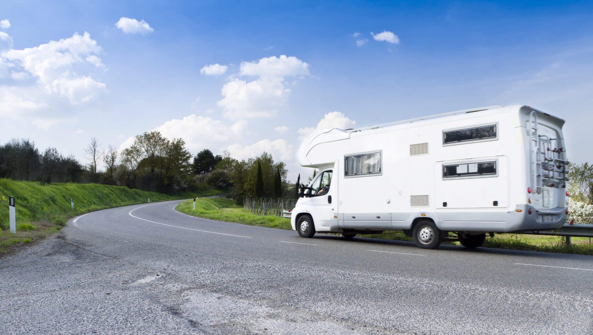 camper in viaggio in italia, umbria e toscana