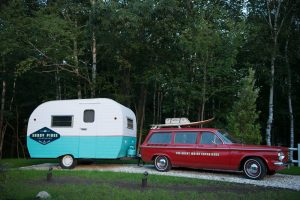 entrance---car-and-camper