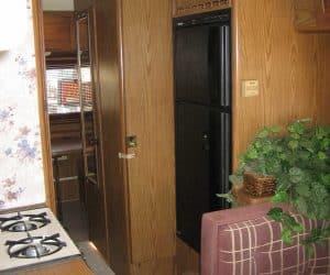 rv-trailer-motorhome-fridge